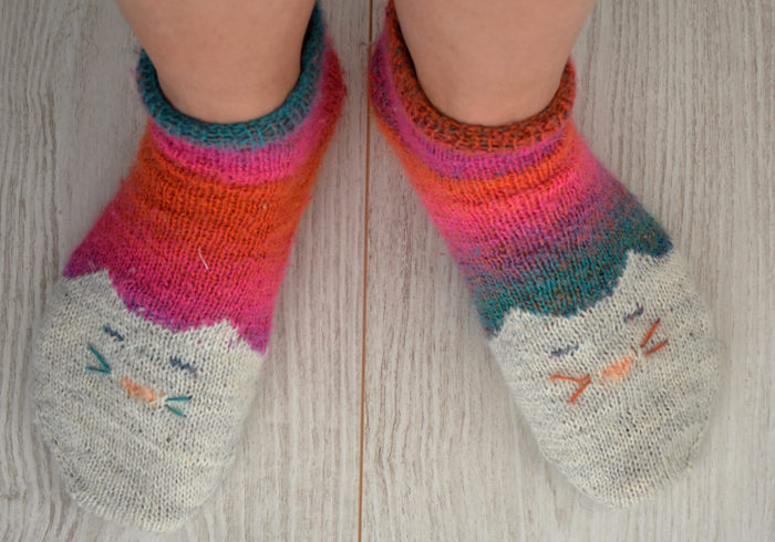 Les chaussettes chat moches, ½ fail