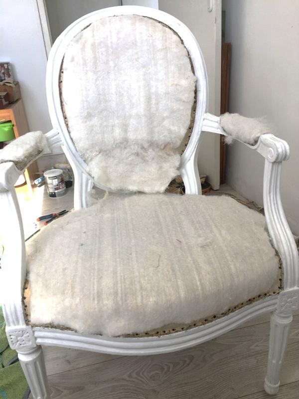 3-fauteuils-rembourrage-DIY-2doigtsdidee