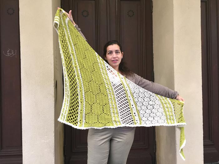 chale-crochet-2doigtsdidee