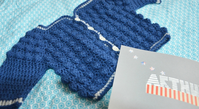 gilet-crochet-bebe-2doigtsdidee