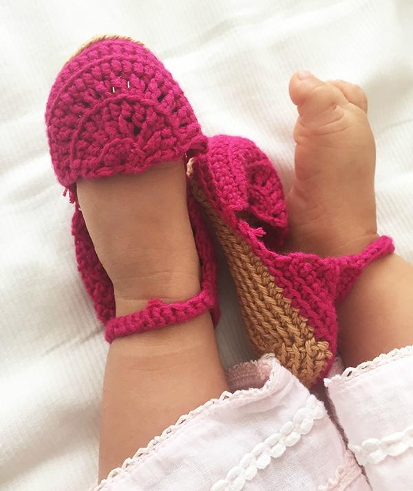 sandales-crochetees-bebe-2doigtsdidee