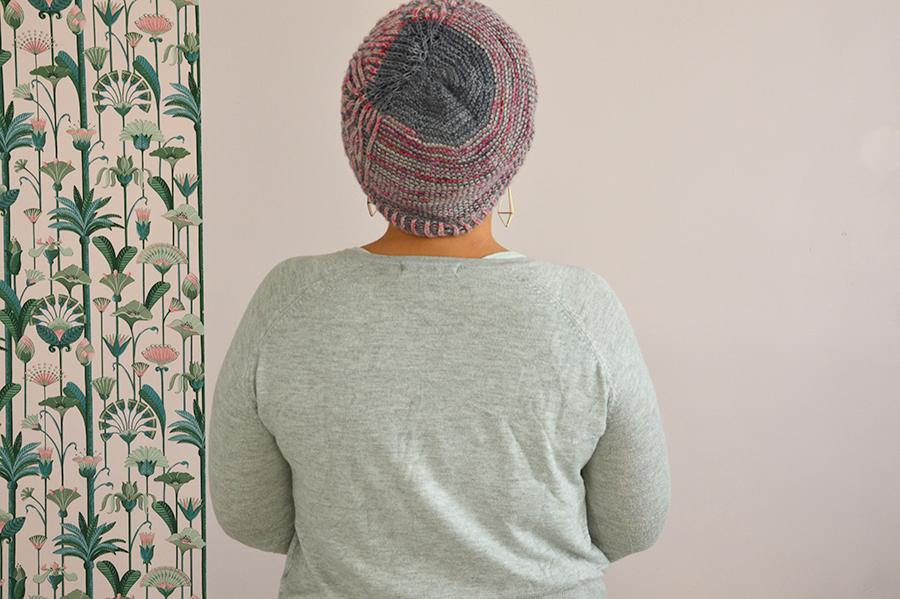 bonnet rose gris vue haut